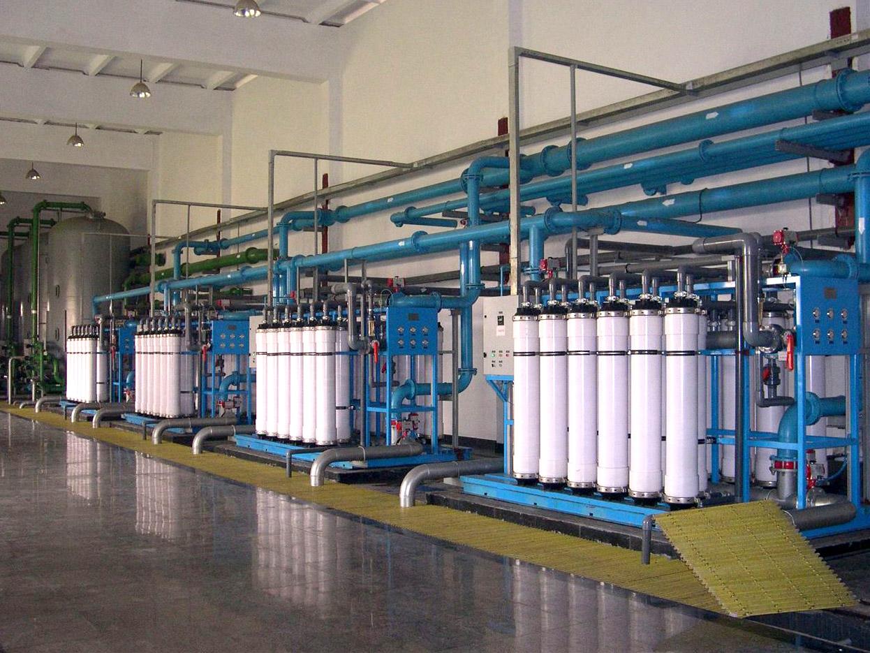 蒙古国巴彦洪戈尔自来水公司200T超滤